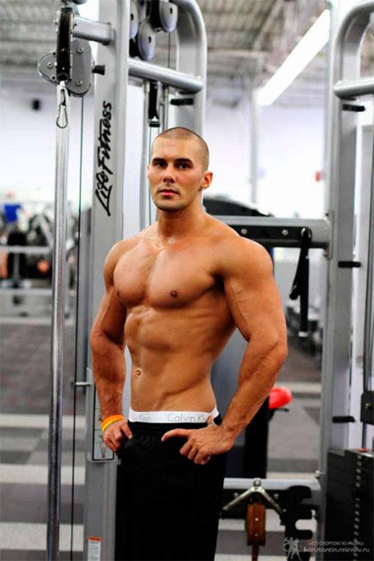 Расписание тренировок в тренажерном зале для мужчин